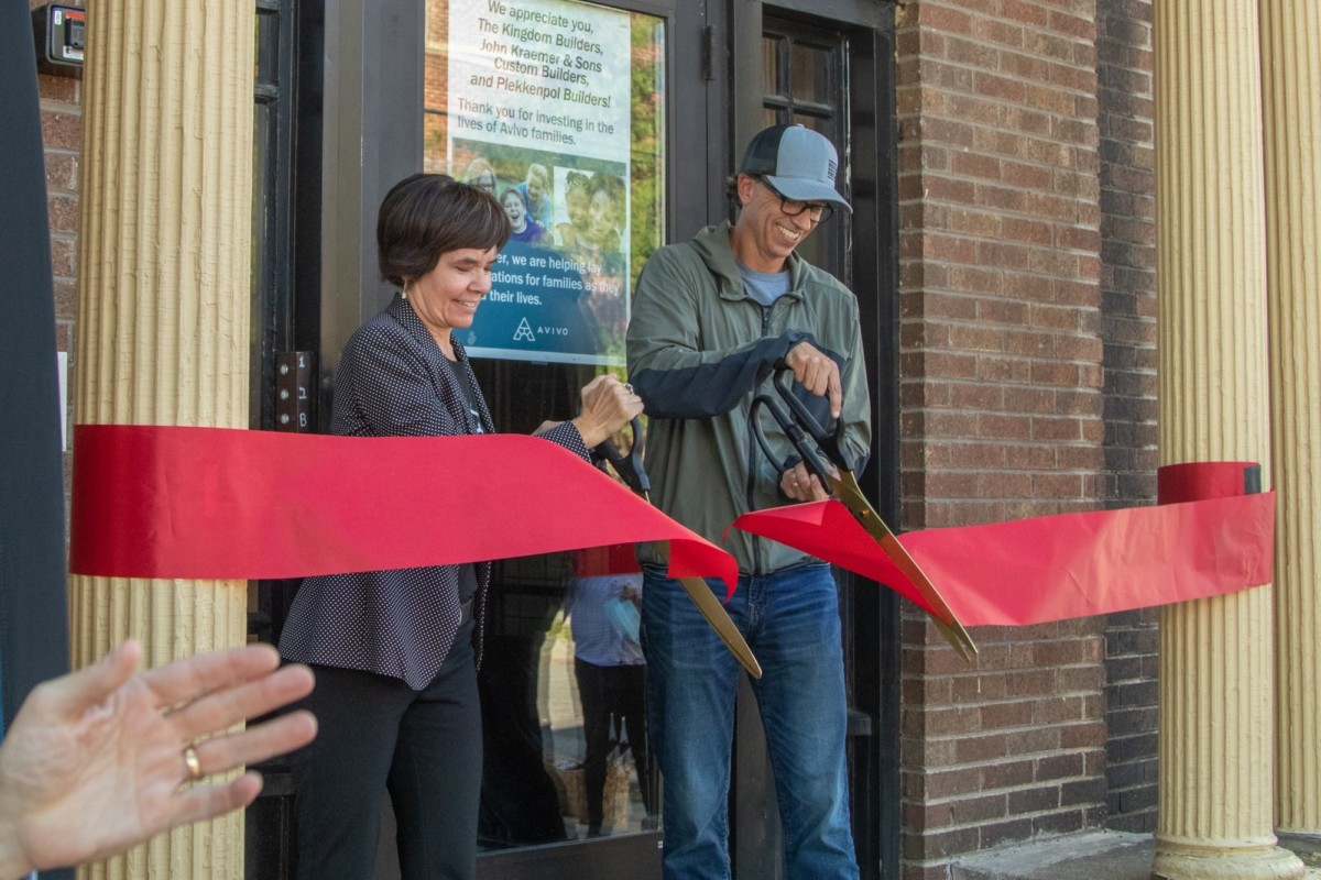 Community Celebrates Apartment Remodels for Women in Recovery